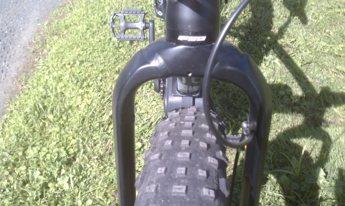 The front fork begs for a Surly Bud. This fork will fit any fatbike tire on the market.