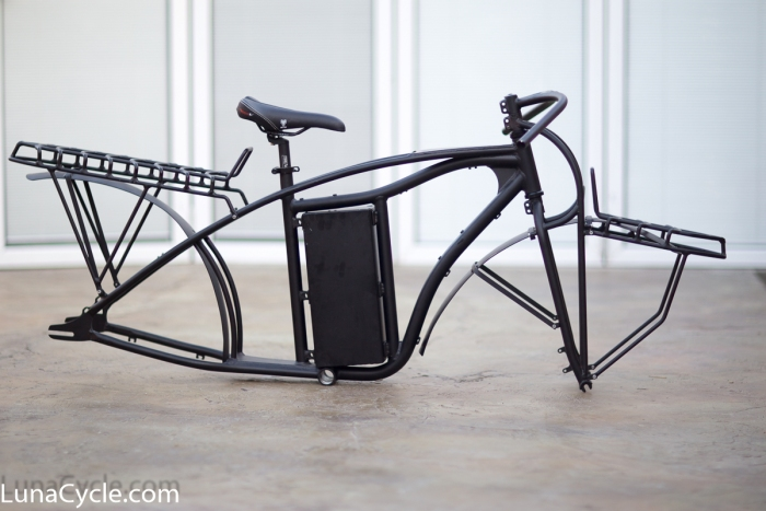 Aluminum frame with a steel front fork this frame can take plenty of weight and power.