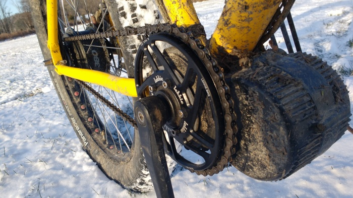 The Lekkie ring will help make the best chainline you can get with this setup.