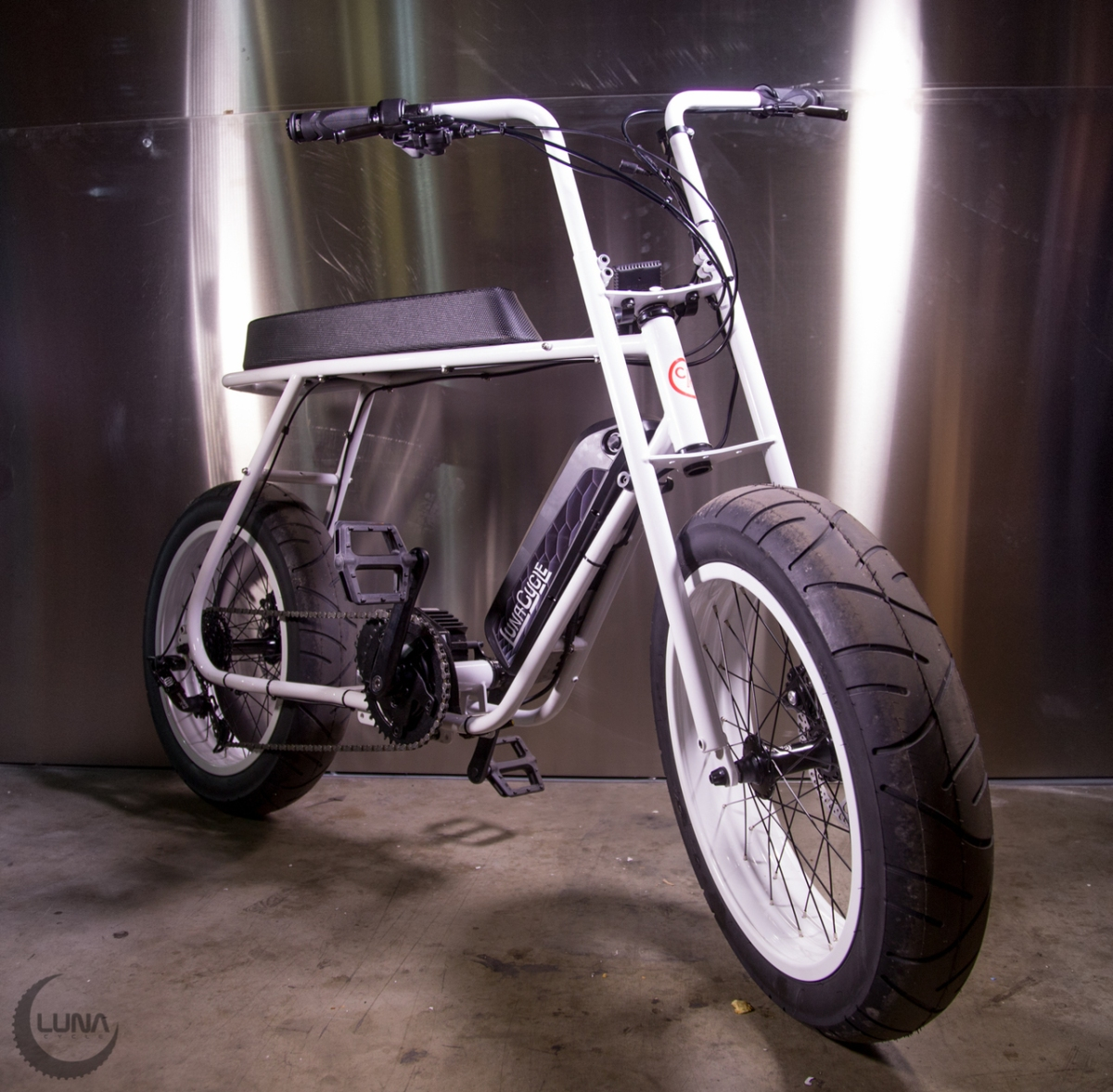 What You Get When You Cross A Minibike With A Banana Seat Bicycle The Luna Banana Electricbike Blog Com