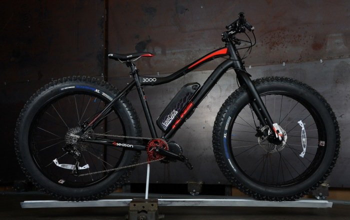 If I wanted to get my hands on a Ludacris controller I'd go for the 2016 KHS 3000 4 Seasons with a large triangle pack. That is the best snow ebike on the market right now for $2953 + shipping