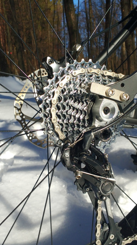 10 speed chain with a X9 derailleur means fewer chain problems