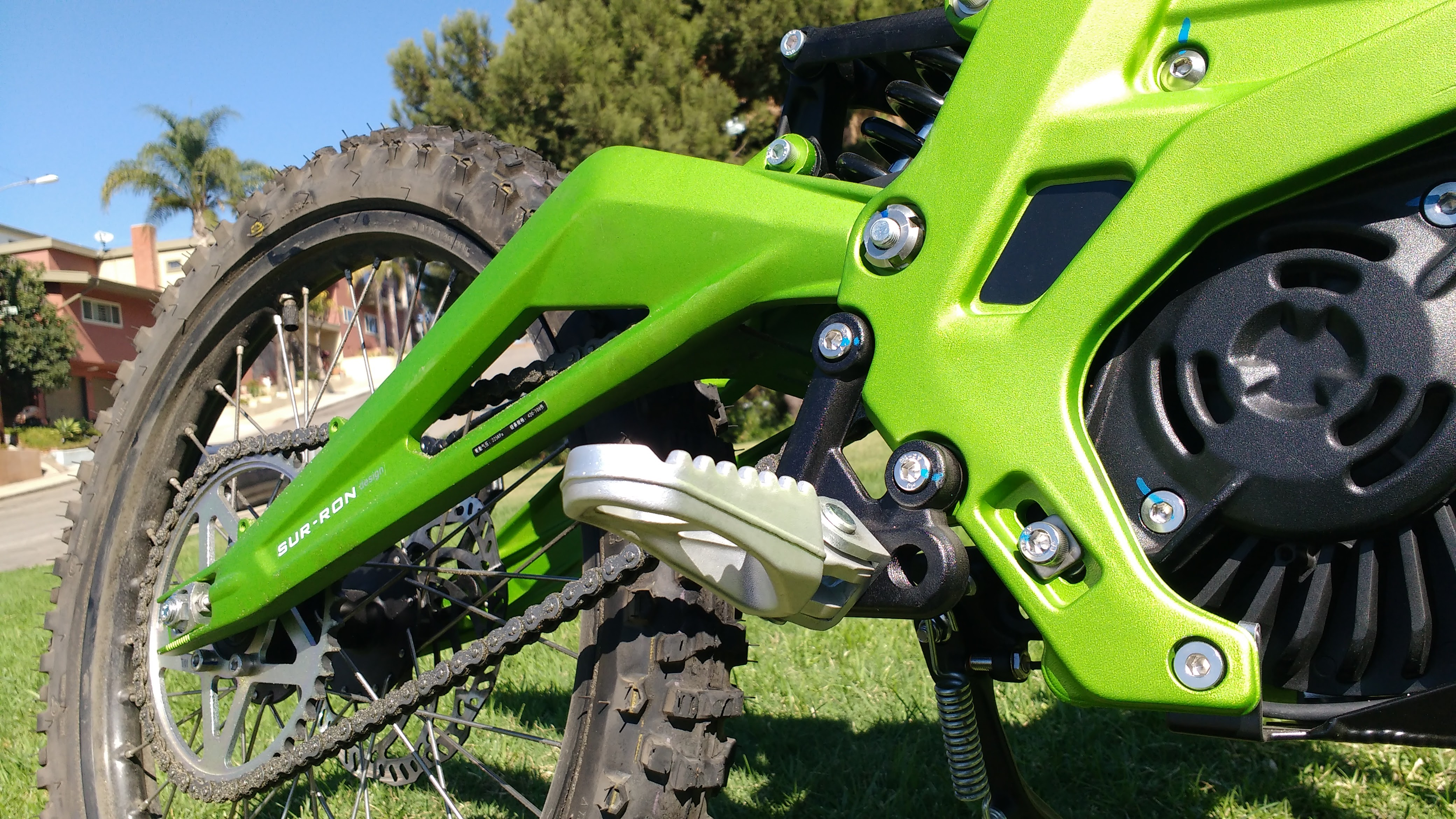 The New Age Of Affordable Electric Motorcross : The Sur-Ron 60v 32Ah